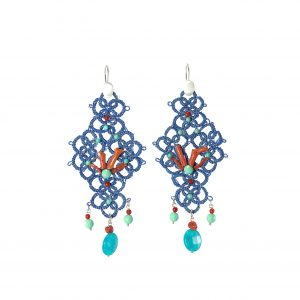 LS 31 LA SICILIENNE GIOIELLI D'ARTE MADE IN ITALY COLLECTIONS ORECCHINI BLUE CORALLO TATTING CHIACCHIERINO UNCINETTO (3)
